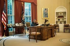 bureau ovale maison blanche etats unis barack obama en vacances