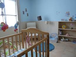 peindre chambre bébé frise chambre bébé unique peinture chambre bebe fille idées de