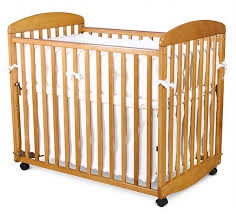Rocking Mini Crib Davinci Alpha Mini Rocking Crib N Cribs