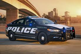 police car ford u0027s fusion hybrid police car is a lean green crime fighting