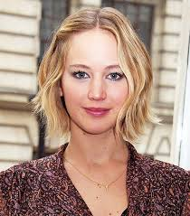how to style a wob hairstyle copy that a jennifer lawrence hairstyle for every day of the week