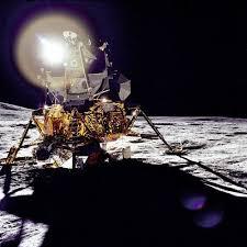 Lunar Module Interior Seeing Inside The Apollo Lunar Module Popular Science