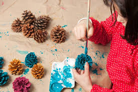 Holiday Craft Ideas For Children - 21 interesting christmas crafts for kids of all ages