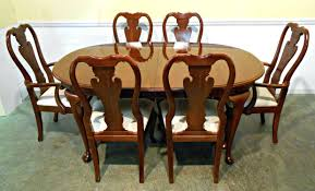 Oval Dining Room Set Queen Anne Oval Dining Room Table Oak Chairs Thomasville Cherry