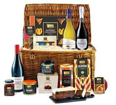 German Gift Basket Best Christmas Food Hampers And Alcohol Gifts For 2017 Mirror Online