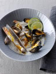 recette de cuisine facile et rapide gratuit nage crémeuse de coquillages au yuzu recette zeste cocottes et