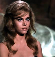 bing hairstyles for women over 60 jane fonda with shag haircut the daughter of screen legend henry fonda and the sister of actor