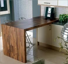 cuisine plan travail cuisine avec plan de travail et jambage en bois massif idées