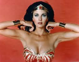 Wonder Woman Costume Lynda Carter Isn U0027t Impressed With Gal Gadot U0027s Wonder Woman Costume