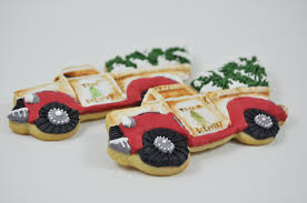 large detailed hand painted christmas tree delivery truck