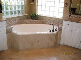 Small Bathtub Size Wondrous Small Corner Bathtubs 79 Small Corner Bathtubs For Sale