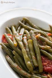 green beans with tomatoes and bacon recipe simplyrecipes