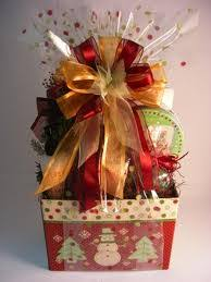 gift basket wrap use cellophane to wrap up gift baskets gift wrapping ideas