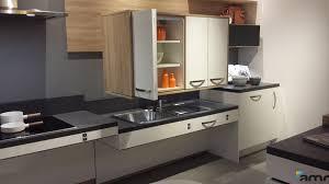 cuisine pmr meuble haut à hauteur variable cuisine pmr amrconcept
