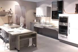 cuisine adapté handicap aménagements pmr cuisine pmr salle de bain dressing meuble
