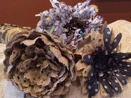 decorating with burlap 2 orchids
