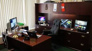 Desk Setup Mac Setups A Vice President U0027s Desk
