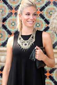 statement necklace little black dress best necklace 2017