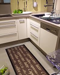 tapis de cuisine alinea carrelage cuisine et tapis auto sur mesure beau tapis de cuisine