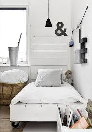 Small Bed Frames Top 62 Recycled Pallet Bed Frames Diy Pallet Collection