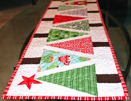 sea salt quilts christmas tree table runner quilting