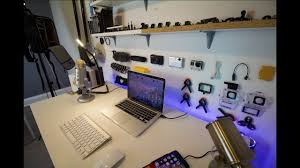 Laptop Desk Setup The Ultimate Laptop Desk Setup L 1k Edition