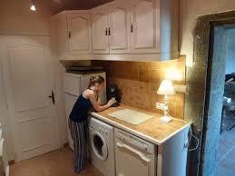lave linge dans cuisine descriptif du gite gite de la prunette