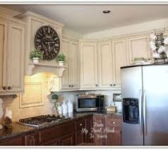 painting kitchen backsplash cool painting kitchen cabinets with