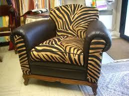 restaurer canapé cuir restauration de fauteuil canapac cuir tapissier daccorateur