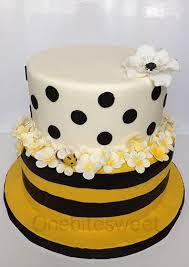 bumblebee cakes bumblebee baby shower cake cake by onebitesweet cakesdecor