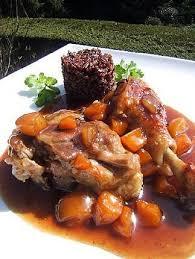 cuisiner cuisse de canard confite recette de cuisses de canard confites aux abricots et riz noir