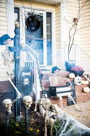 diy halloween trick or treat skeleton decorations
