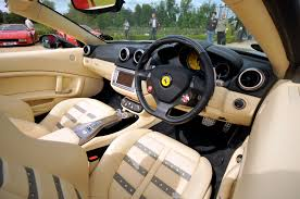 Ferrari California 2009 - file interior ferrari california jpg wikimedia commons