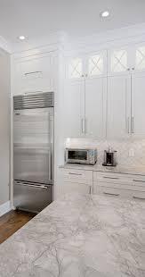 maple wood light grey shaker door upper kitchen cabinets with