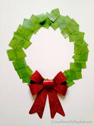 25 winter and christmas crafts for kids christmas wreath window