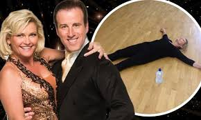 most recent photo of fiona fullertonpictures of penelope cruz with short hair strictly come dancing 2013 ex bond girl fiona fullerton exhausted