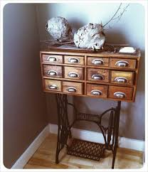 Singer Sewing Machine With Cabinet by 51 Best Singer Base Images On Pinterest Sew Sewing Machine