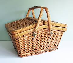 vintage picnic basket stylish picnic basket at the ready picnic season