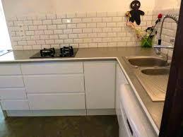 plan de travail avec rangement cuisine meuble de cuisine avec plan de travail travail meuble de rangement