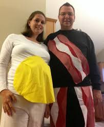 Eggs Bacon Halloween Costume 14 Pregnancy Halloween Costumes Moms