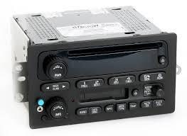 chevy gmc 2005 09 truck am fm cd cs radio w aux input u0026 bluetooth