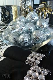 Silver New Years Eve Decorations by Focal Point Styling New Years Eve Tablestyling Silver Black U0026 Gold