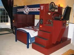 hockey bedrooms zamboni bed in a hockey bedroom hockeygods