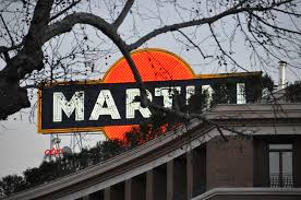 martini rossi logo file enseigne martini via veneto à rome jpg wikimedia commons
