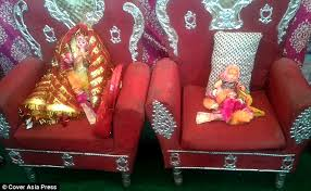 Indian Wedding Chairs For Bride And Groom India U0027s Netbadi Tribe Where Parents Marry Off Their Dead Children