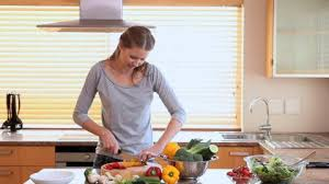 faire la cuisine femme faire la cuisine hd stock 233 741 041 framepool