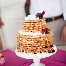 wedding cake alternatives 10 amazing wedding cake alternatives for your big day brit co