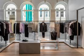 Interior Design Internships Los Angeles by Cos Celebrates Opening Of Downtown Los Angeles Store See Who
