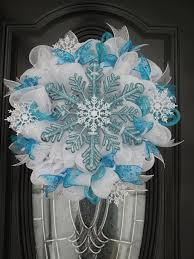 Blue Decorated Christmas Wreaths by 362 Best Christmas Doors Wreaths U0026 Balls Images On Pinterest