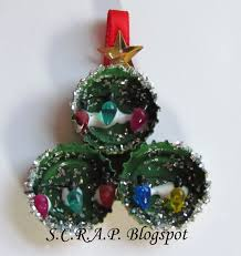 s c r a p scraps creatively reused and recycled art projects
